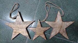 Estrellas decorativas de madera