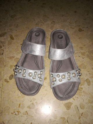 Zapatillas Confor.