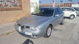 Alfa Romeo 156 el coche está muy bien