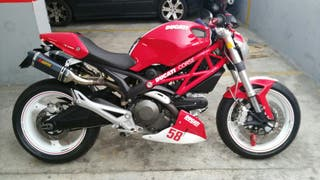 Ducati Monster 696 año 2008