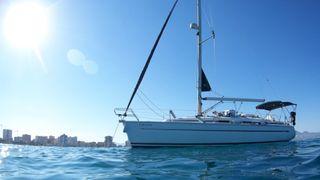 Alquiler barco velero. Día en Tabarca