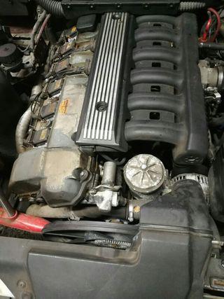 motor bmw 320i e36