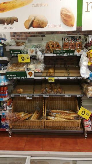 Mueble de pan comercio