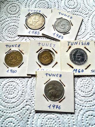 6 monedas de Túnez.
