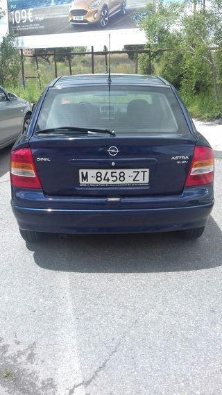 Opel Astra 1999-2000