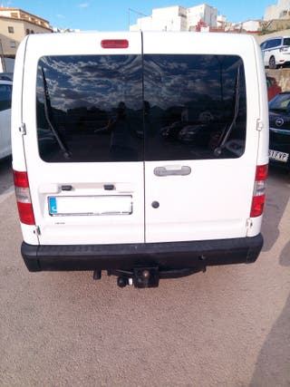 Ford Tourneo Connect 2004