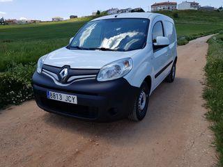 Renault Kangoo dci 90cv recién pintado