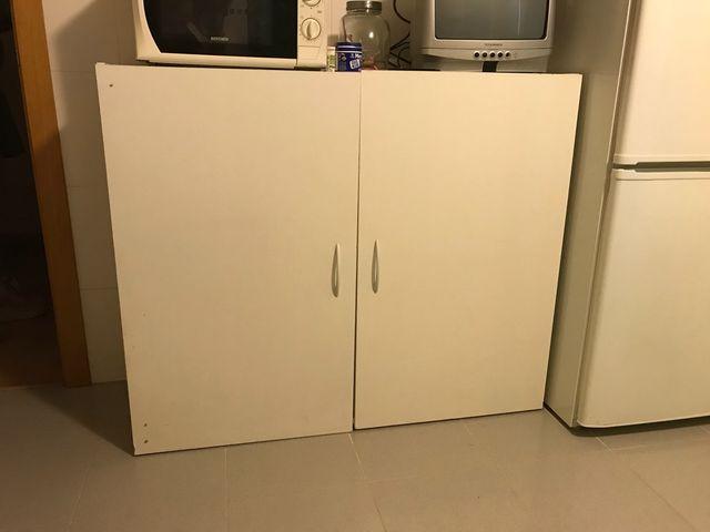 Mueble despensa cocina de segunda mano por 40 € en Sonseca en WALLAPOP