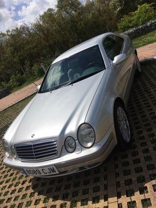 Mercedes-Benz CLK 320 1999