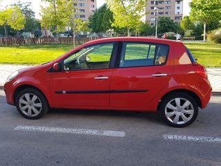Renault Clio 1.6 Luxe Privilege 110cv
