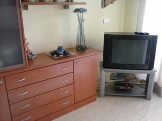 Se alquila apartamento en Marina Dor.