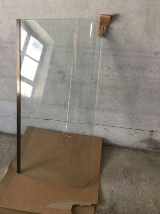 2 Cristal curvo vitrina distintos