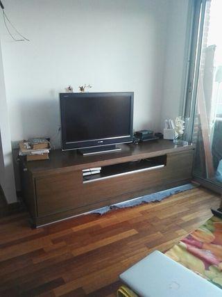 mueble bajo televisor