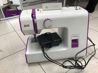 Maquina coser Alfa, Nueva!