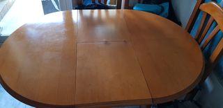 mesa cocina de madera con cuatro sillas