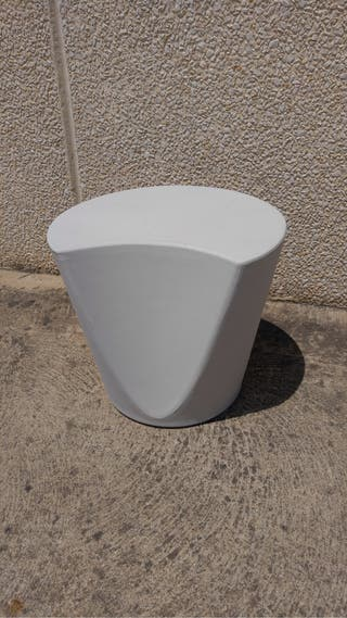 Taburete exterior diseño italiano