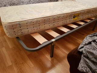 Cama individual de laminas de madera , 2 un