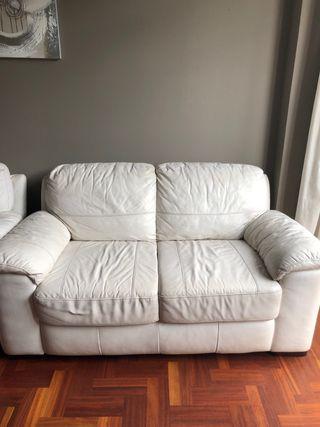 Sofa dos plazas piel crema