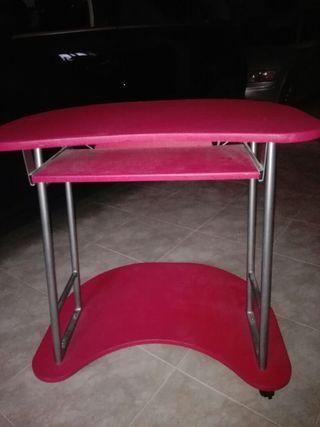Mesa estudio roja rosada. Negociable