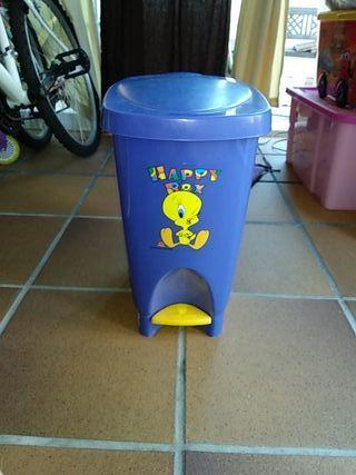papelera pedal infantil