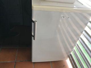 Congelador vertical mini 3 cajones
