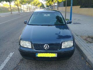 Volkswagen Bora 1.6 concepline