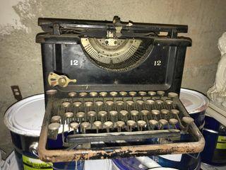 Makina escriure antiga