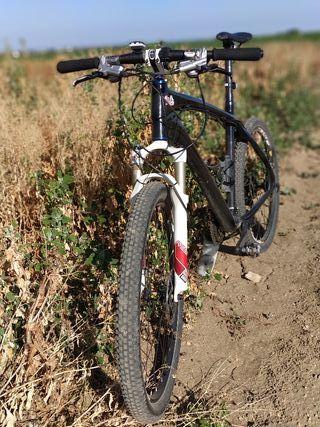 "Bicicleta mtb carbono 26"""