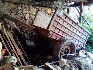 ruedas carro antiguo, carro tractor, arado antiguo
