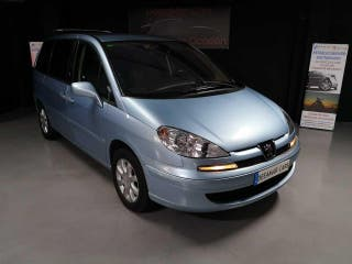 Peugeot 807 2.2 HDi ST Pack Impecable Libro