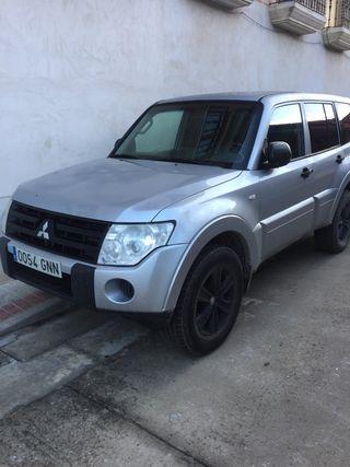 Mitsubishi Montero did 2010
