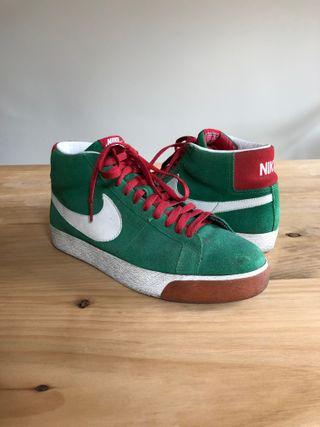 Zapatillas Nike SB Blazer Mid (43)