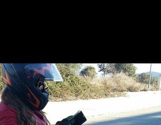 Vendo casco de moto marca MT talla M