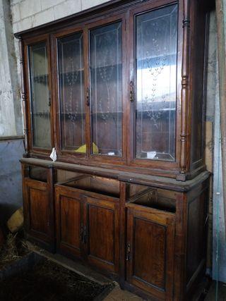 mueble de castaño para restaurar