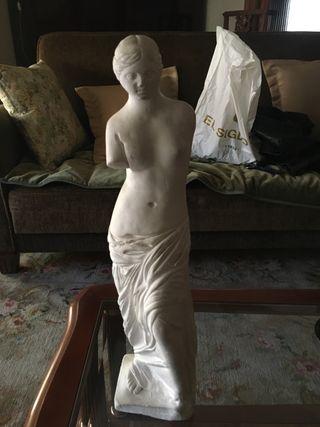 Se vende escultura