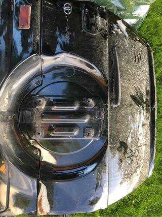 Toyota RAV4 2003 portón trasero