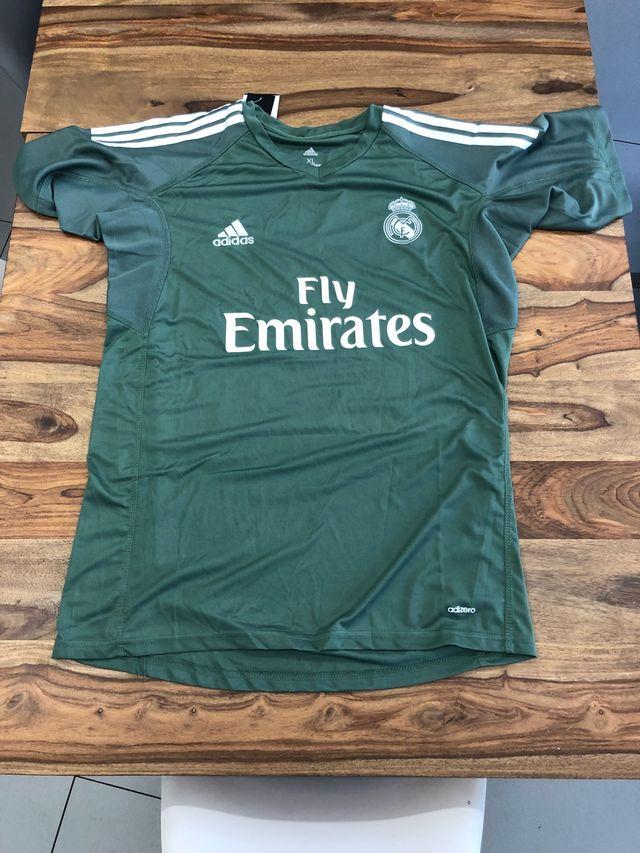Camiseta real madrid verde de segunda mano por 22 € en Madrid en ... b0a2a8ec6e0aa