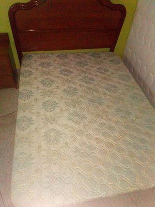 Base tapizada somier 1,35. Urge!