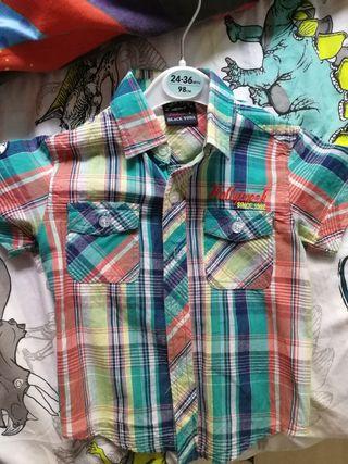 Camisa, blusa de niño