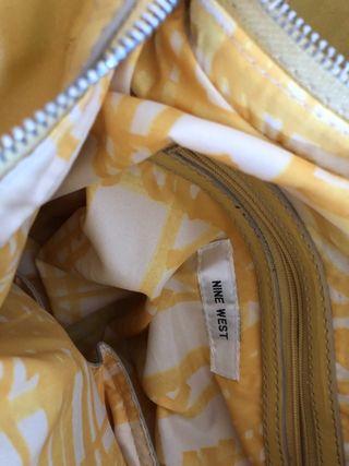 Bolso amarillo Nine West