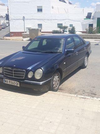 Mercedes-Benz Clase E 1996 290td