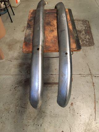 Parachoques de Seat 600 creo