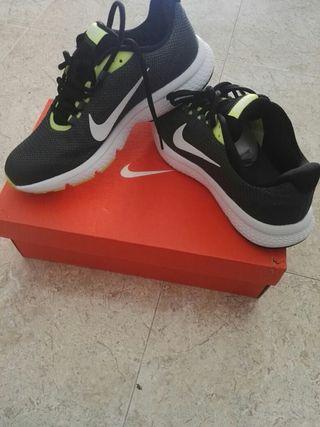 Zapatillas Nike Running nuevas a estrenar