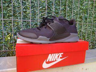 Nike Arrowz Negras Talla 44