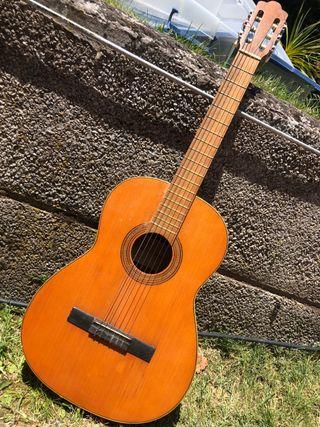 Guitarra española de estudio Contreras