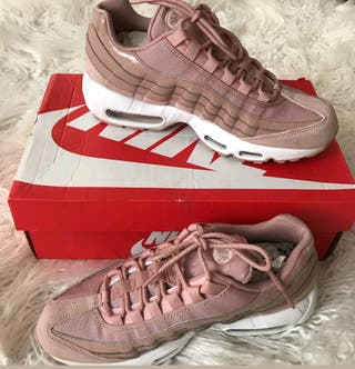 nike air max 95 pink 7 but fits mor 7.5 / 8