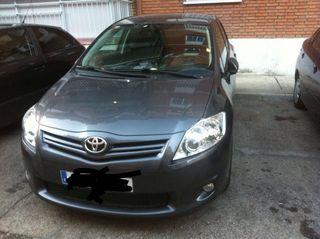 Toyota Auris 2011 2.0 126cv