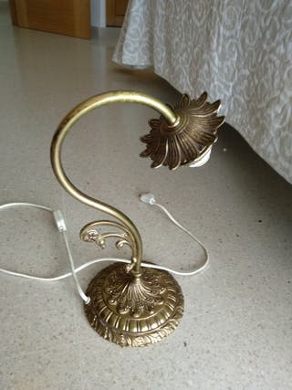 2 Lamparas de mesa, estilo vintage bronce.
