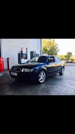 Audi A4 se vende mas cosas por pribado un saludo