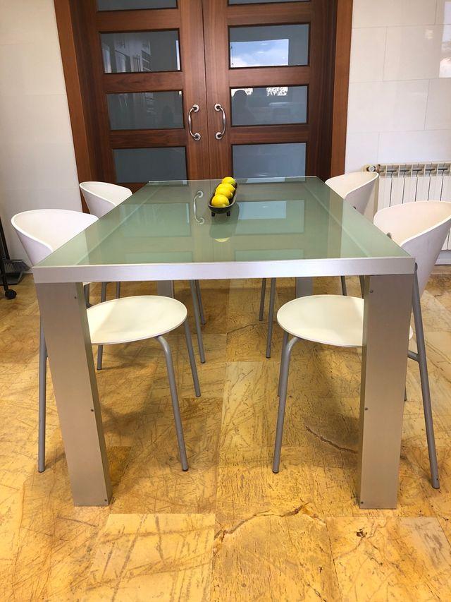 Mesa y sillas para cocina de segunda mano por 120 € en El Vedat de ...